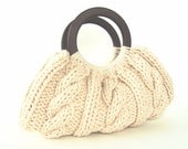 Cable Knit Purse With Wooden Handles - Cream