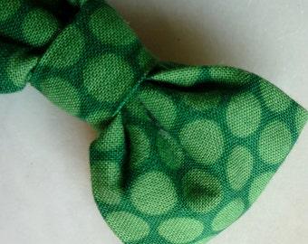 Boy's Kelly Green Polka Dots Bow tie - clip on