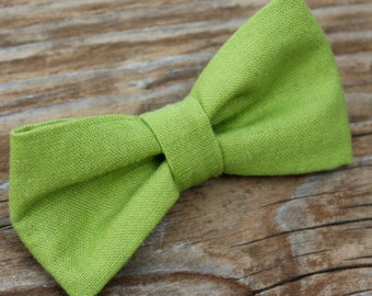 Men or boys Solid Green Linen Clip on Bow tie - clip on, pre-tied with stap or self tying - freestyle - wedding ring bearer outfit - easter
