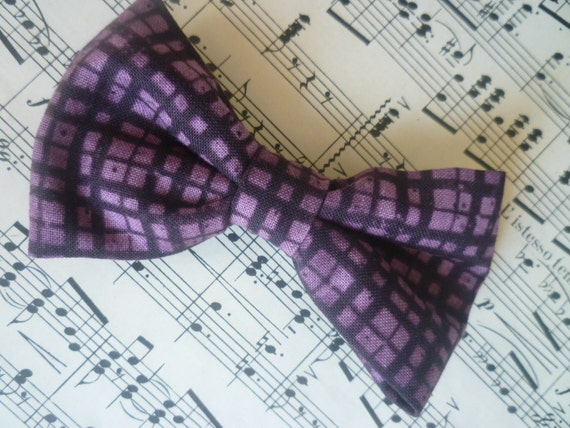 Plum plaid bow tie - boy's clip on