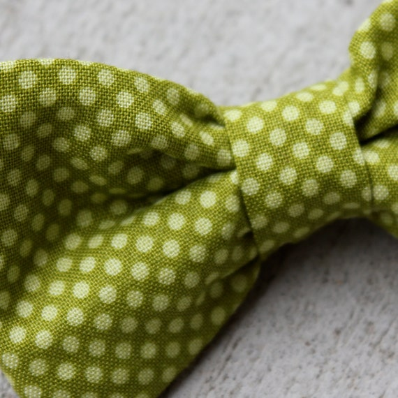 Green on Green pindot Bow Tie for boys - clip on