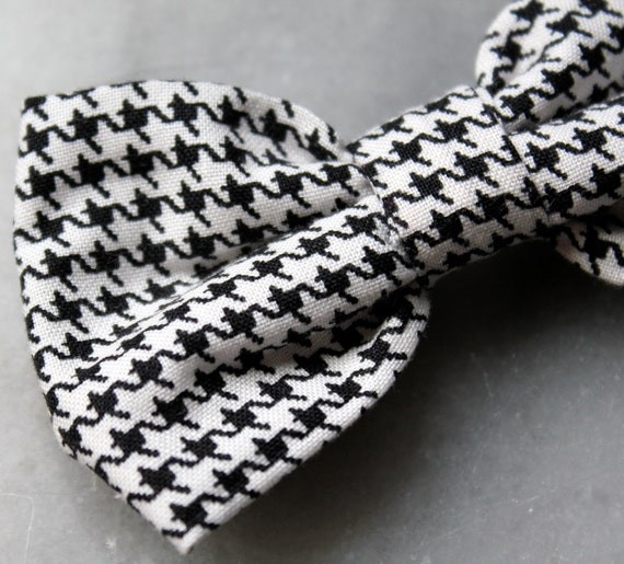 Black and white Houndstooth Bow Tie - Boy's Clip On