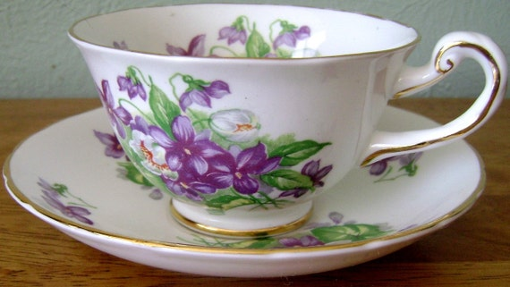Vintage Teacup Royal Chelsea Fine Bone China England