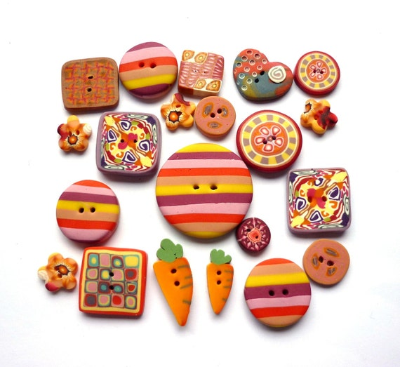 RESERVED LISTING - - - set of 21 buttons - carrots and arlequin - handmade polymer clay