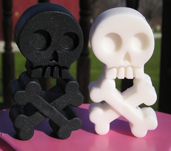 Skull & Crossbones Soap - YOU PICK ONE Scent - 4 Piece Total - Vegan Bath Guest Decorative day of the dead black white