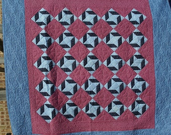 Queen size Friendship Star Quilt medium tone on tone pinks and blues.