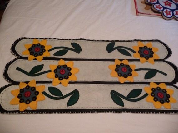 Sunflower Table Runner 36 x 17 Washable Felt
