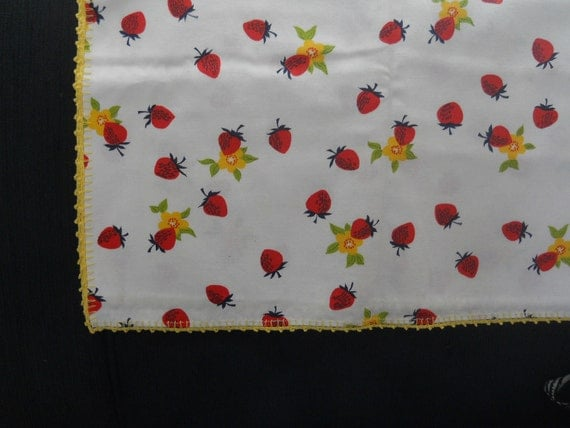 Vintage kitchy  home decor silk screened picnic table cloth strawberries