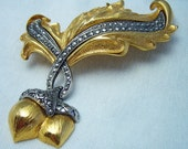 FREE Shipping...Vintage Avon Acorn Gold and Faux Marcasite Pin