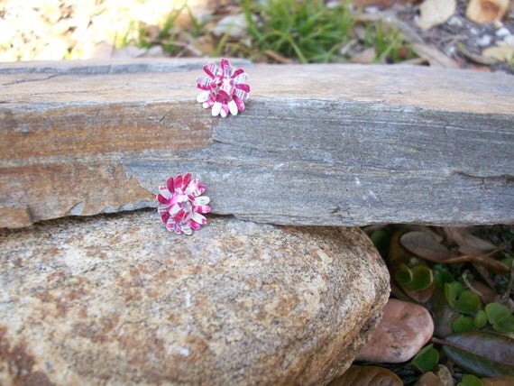 Recycled aluminum can pink and white earrings