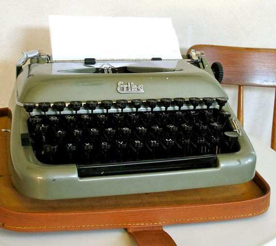Erika Portable Manual Typewriter Model 10 1958 Classic Collectible by Seidel & Naumann
