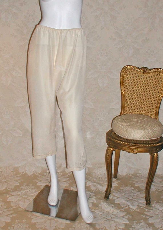 Silk Crepe Pajama Bottoms In Ivory With Embroidery at Hem Size L-XL Never Worn