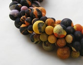 Fall fashion, orange fabric necklace, unusual, beaded necklace, autumn - kapelusznik