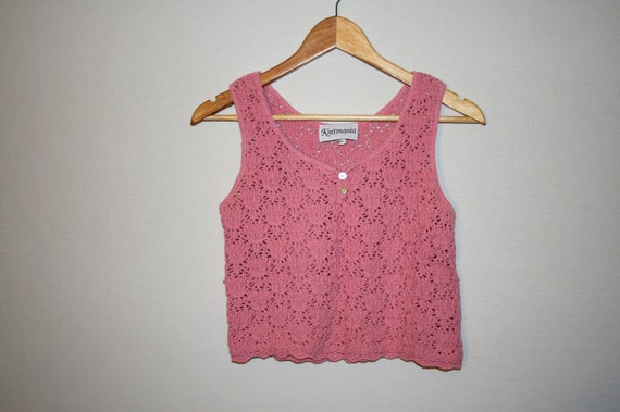 Vintage pink knitted crop top in size MEDIUM by Knitmania