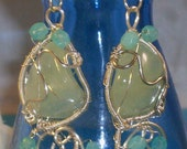 Prehnite Earring: Light green natual stones