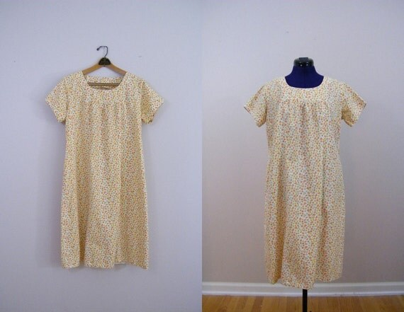 Vintage 1960s Day Dress / Yellow Floral / Cotton