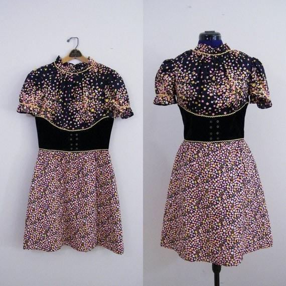 Vintage 1960s Mod Dress / Sue Brett Junior Dress