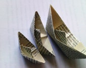Recycled Don Quixote book sail boats. Set of 50. (6 cm)