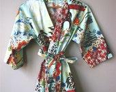 Womens Kimono Robe.  Bridesmaids Gift.  Dressing Gown. Bathrobe. Koto. Knee Length.  LAST ONE.  Only One Small Left.