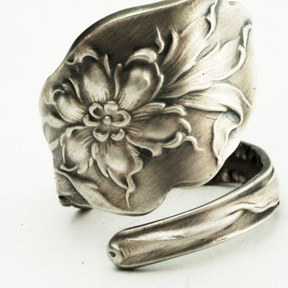Lovely Columbine Sterling Silver Flower Spoon Ring, Handcrafted in YOUR Size (2313)