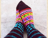 Handknitted socks from the Himalayas - Bright blue triangles on top