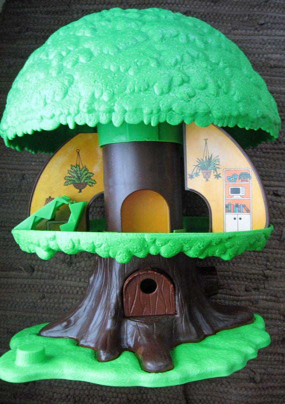Vintage kenner family treehouse circa 1975 for Home decor kenner