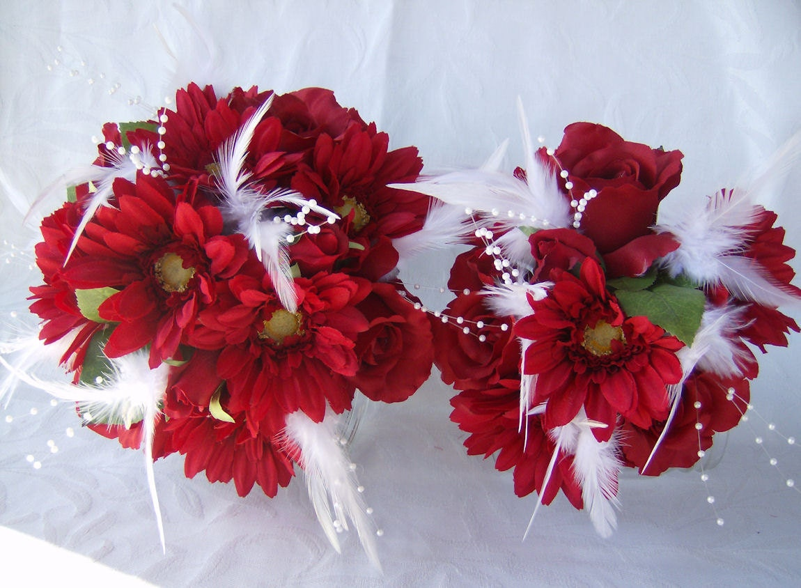 wedding bouquet red roses and gerbera daisies white feathers 6. Black Bedroom Furniture Sets. Home Design Ideas