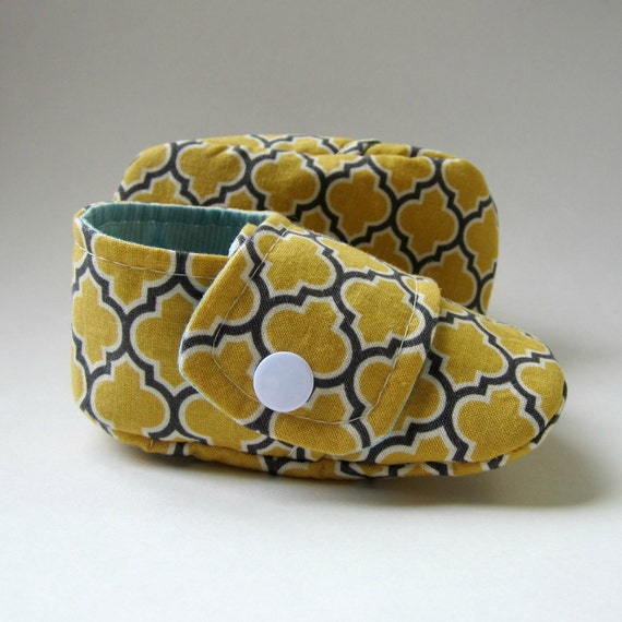 SALE - Baby Booties in Vintage Yellow, Grey, and Aqua - Size 4 - Ready to Ship