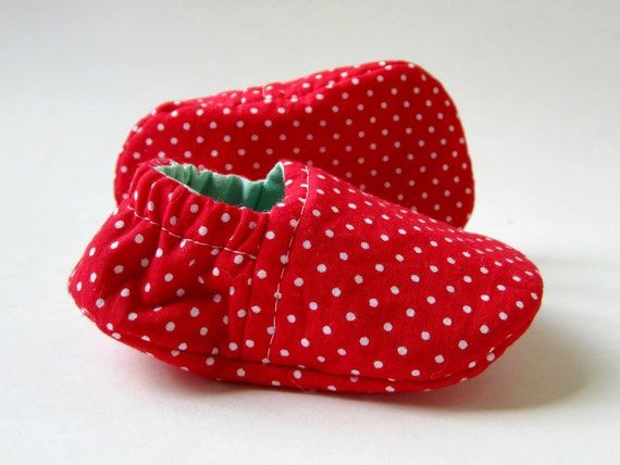 Reversible Baby Booties in Red, White, and Aqua with Polka Dots - Sizes 1-4