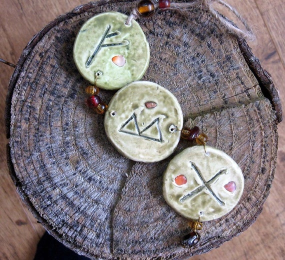 Rune Amulet - Family Love, Harmony and Protection with agate charm wicca wiccan pagan FEHU GEBO BERKANO