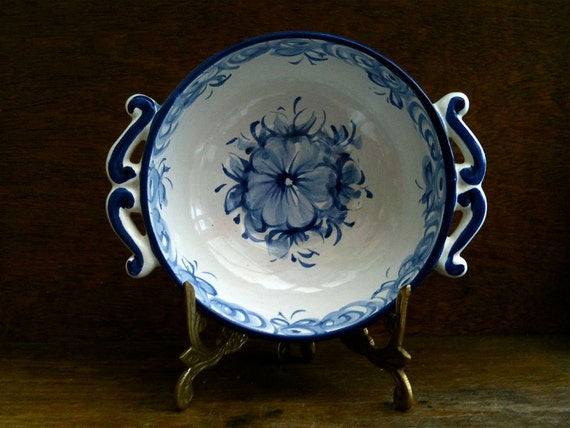 Vintage Portuguese blue and white bowl dish plate with handles circa 1950's / English Shop