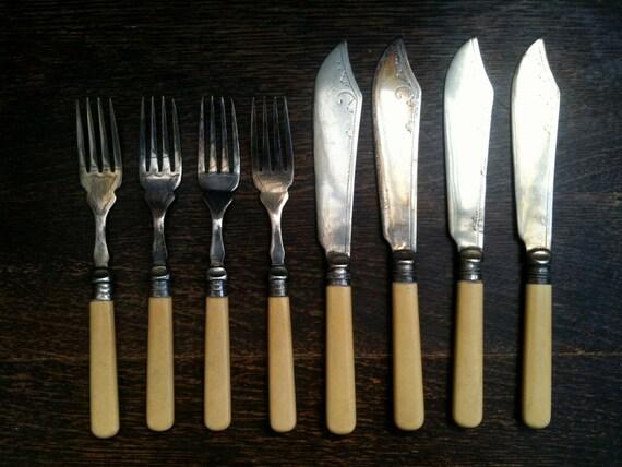 Vintage English Forks and Fish Knives Cutlery Set of 4 circa 1920's / English Shop
