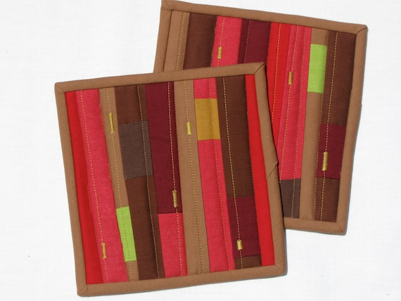 Red and brown modern patchwork pot holder -set of two