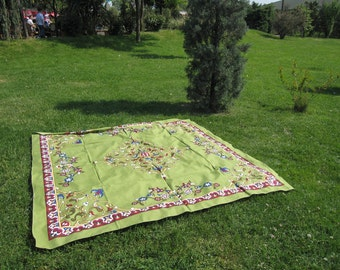 Green square Tablecloth daisy floral tile print Ottoman Picnic Park Beach Yard Camp Yoga cloth Turkish traditional Hand woven