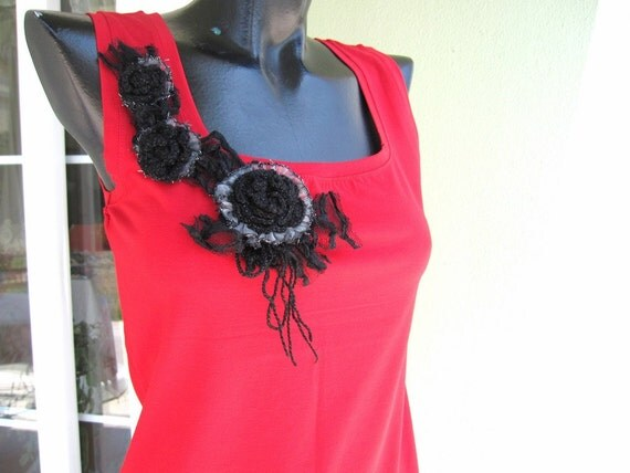 Woman clothing TANK Top -tshirt-red black shabby chic boho cute flower crochet lace trim-L size clothes woman