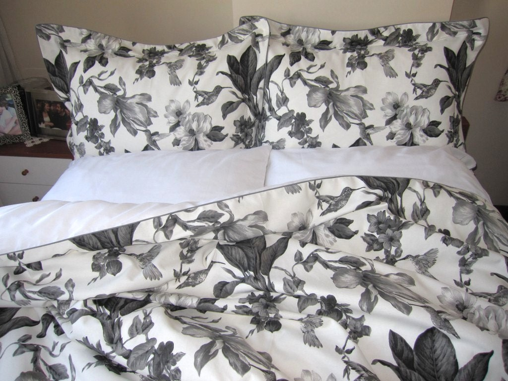 Popular items for black white bedding on Etsy