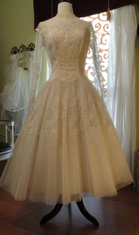 Vintage Wedding Dresses From The 1950 S : Reserved for chelsea vintage wedding dress s maurer