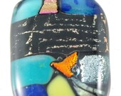 Fused Glass Pendant with Pattern Dichroic