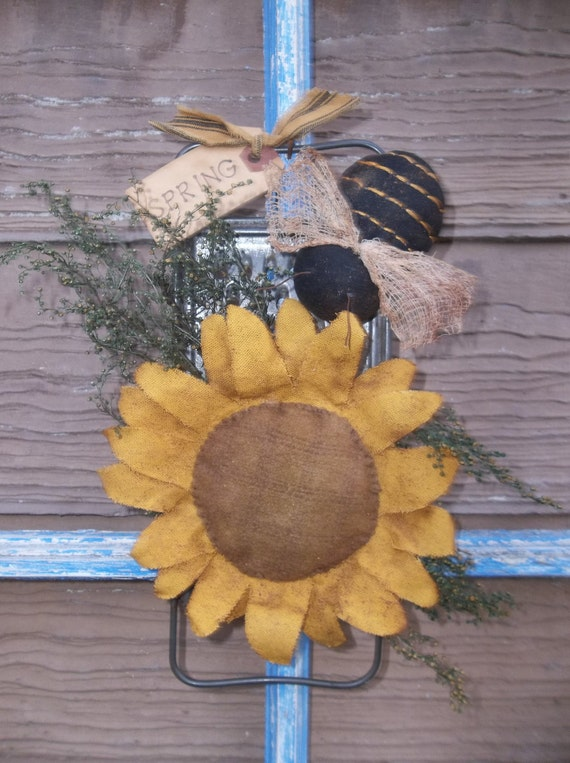 Primitive Make Do Sunflower And Bee On Old By