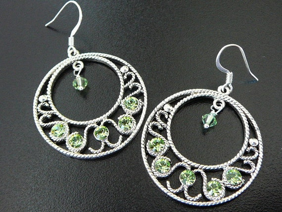 Silver gypsy hoop earrings with Peridot Swarovski crystal - August birthstone earrings - Free shipping to CANADA and USA