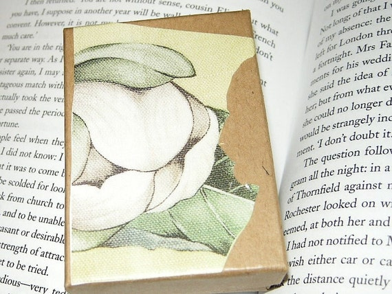 Flower on Canvas Kraft Decoupage Collage Gift Box (for Jewelry, Trinkets, Display, Etc.) White, Green, Yellow / Limited Edition