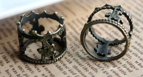 5 pcs of Antique Bronze Crown Ring Carousel Horses Charms 16x20mm 25479