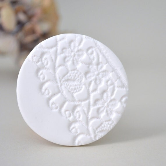 white lace clay brooch - delicate lace imprint romantic brooch - white textured brooch - wedding gift brooch - white wedding
