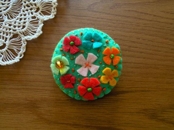 Felt brooch-Candy flower Green