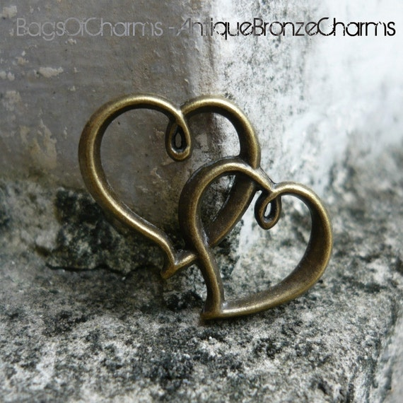 4 pcs - Double Sided Twin Hearts Antique Bronze Charms - 32x25mm