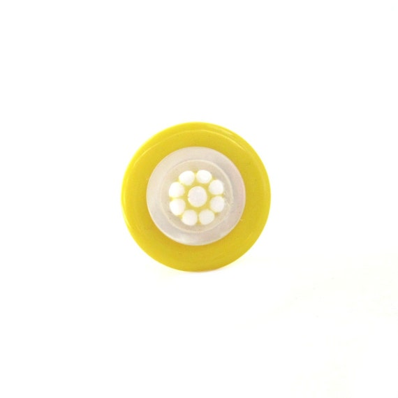 Mother's Day Jewelry Ring Button Yellow Daisy Ring,  Sunny Summer Daisy, RADIANT SUMMER RING, Be Fresh As A Daisy All Day Long