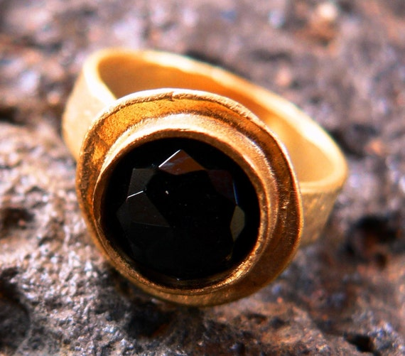 Black Onyx Ring gold plated, black and gold, gothic, antique look, black stone, fall trends, thanksgiving gift