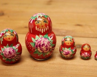 Matryoshka Nesting doll red Babushka russian dolls with roses set of 5