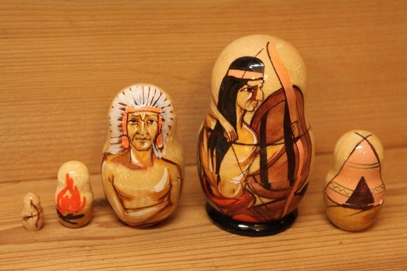 Nesting dolls with Native American Indian motives set of 5