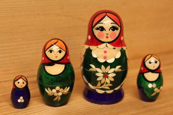 Babushka stacking dolls matryoshka nesting doll set of 4